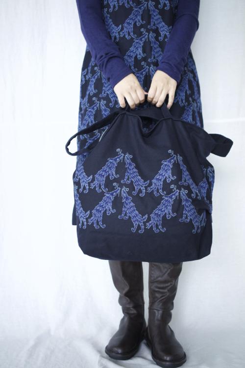 ミナ ペルホネン wolf&flower bag