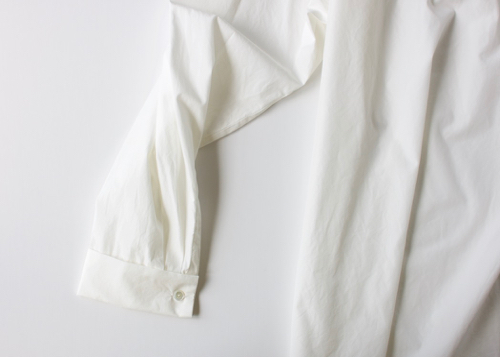 ARTS&SCIENCE Roll collar blouse