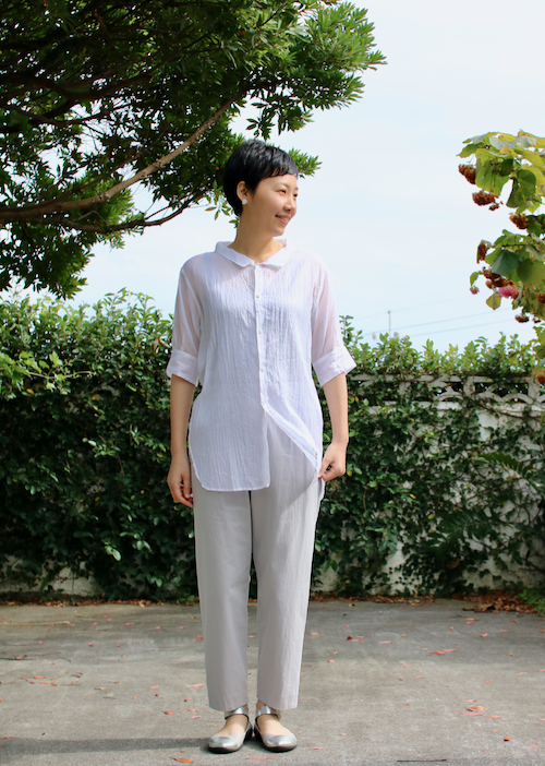 TOUJOURS Round Collor Wide Neck Half Sleeve Shirt