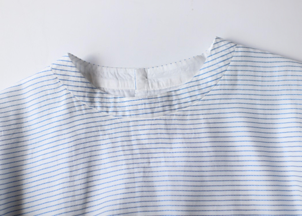 Back open boxy blouse no sleeve