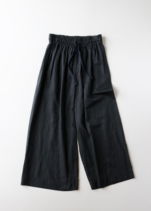 Front string wide pants 2