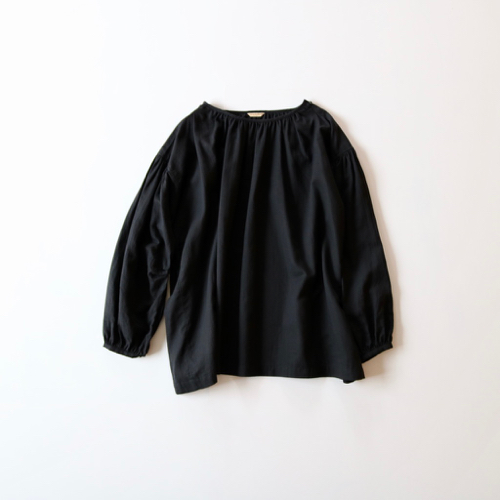 ARTS&SCIENCE    shoulder button gather blouse short 通販 アーツ&サイエンス