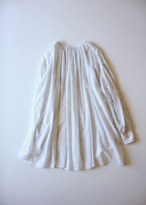 ARTS&SCIENCE Super gather blouse Shoka: 通販