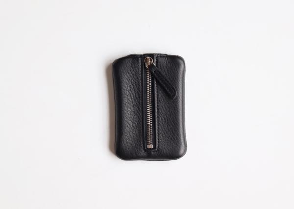 Front zipper key case