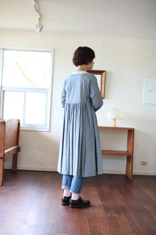 TOUJOURS Wide Pleat Cache Coeur DressTOUJOURS Wide Pleat Cache Coeur Dress Shoka: 通販