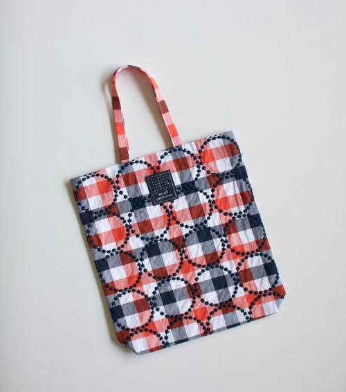 ミナ ペルホネン tambourine toast bag   - navy mix -    通販 mina perhonen   タンバリン バッグ トート