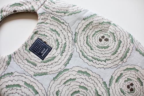 ミナ ペルホネン egg bag pirouette navy moss green