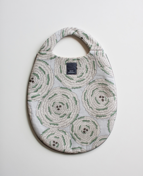 ミナ ペルホネン egg bag pirouette navy moss green