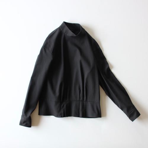 ARTS&SCIENCE   Back open peplum blouse  通販 アーツ&サイエンス