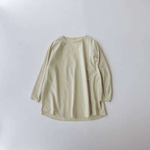 ARTS&SCIENCE    Simple slip-on shirt 2 通販 アーツ&サイエンス off white, caldamon