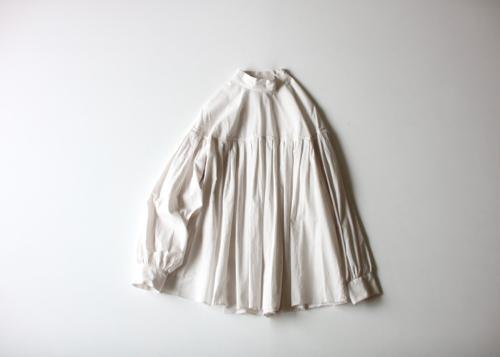 ARTS&SCIENCE  Tuck yoke blouse Shoka: 通販