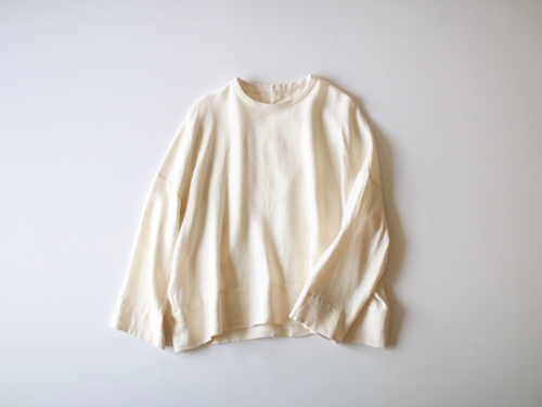 ARTS&SCIENCE   Back open boxy blouse アーツ&サイエンス 通販