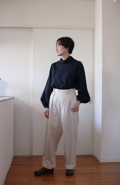 humoresque highneck blouse puff