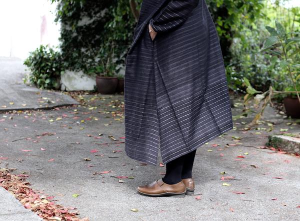 maku textiles   QUAGGA スタンドカラードレス
